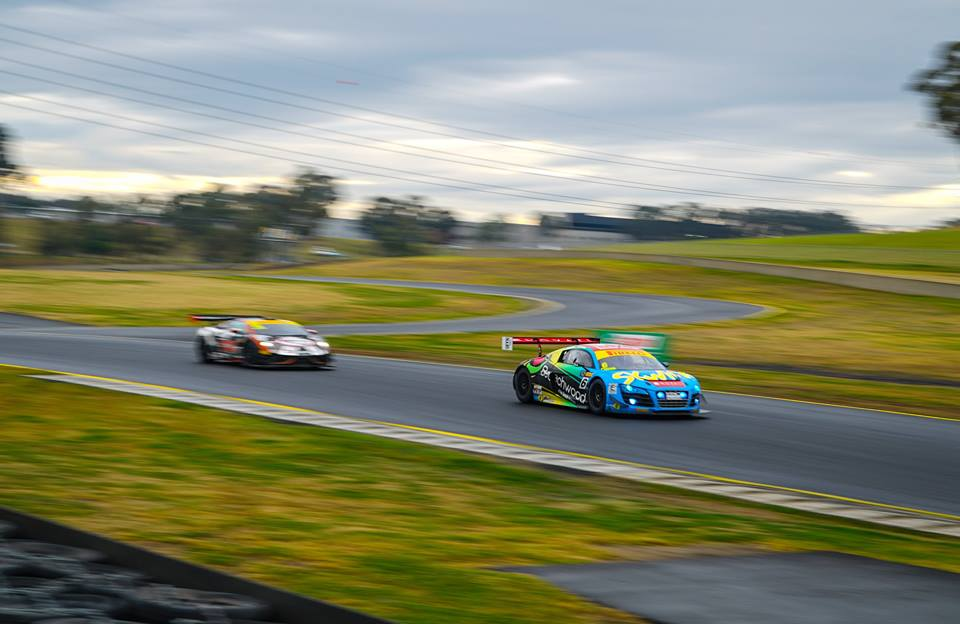 M Motorsport Gallardo chasing Audi R8 Ultra GT3 at Sydney Motorsport Park (Pic Aus GT)