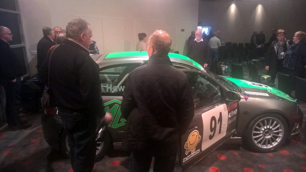 Andrew Howell talks to club members about his ZR